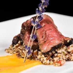 阿根廷天然草原野放A级小牛肉Gaucho 宝藏牛排餐厅 伦敦曼城伯明翰丽兹分店上线