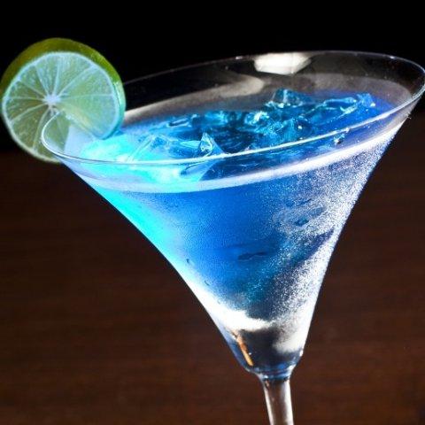低至4.7折 £8收骷髅头形状冰格夏天来啦 宴请朋友、自己在家喝酒 怎么能没有好看有趣的冰格