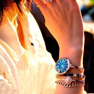 七夕秒杀¥332史低价:Anne Klein 施华洛世奇水晶 手表手链四件套