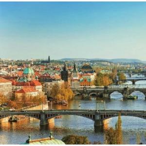 限时低至5.5折布拉格3-4星酒店两晚住宿+早餐+游船体验 两人出行每人仅需€39