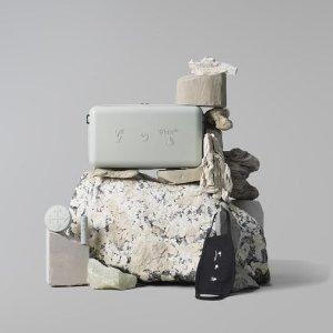 限量已发售美妆速递:Off-White 新品气垫 极简包装 解锁美妆新趋势
