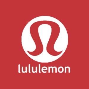 2折起+包邮 $29收高领上衣Lululemon 季中大促上新款啦 $69收高腰 legging 趁着码全入