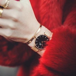 25% Off Buying 2+Items + Extra 15% OffDaniel Wellington Watches