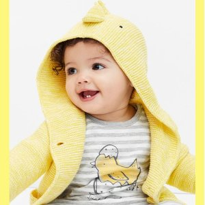 Up to 60% Off + Extra 50% OffKids Spring Sale @ Gap