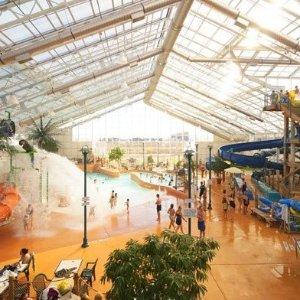 额外8.5折 仅$12.74/人独家:尼亚加拉瀑布水上乐园 冬日温室内的快乐享受