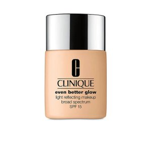 CliniqueEven Better™ Glow Light Reflecting Makeup Broad Spectrum SPF 15
