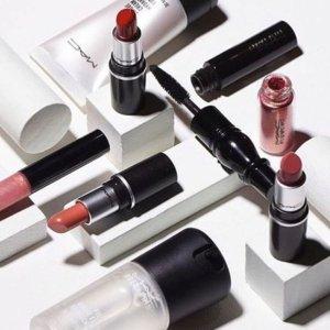 15% Off M.A.C Beauty @ macys.com