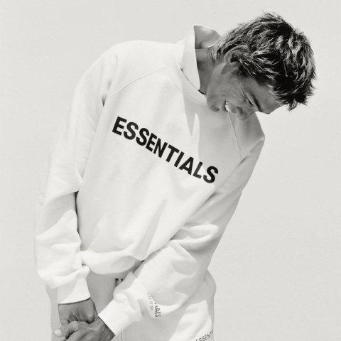 上新:Essentials FW20秋冬新款,T恤、卫衣补货$45起