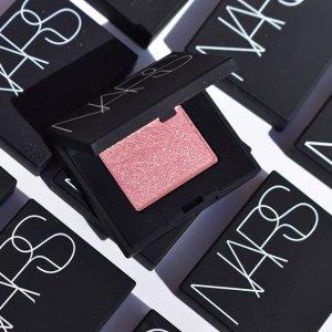 7折起 €25.5收定妆蜜粉独家:NARS 全线彩妆热卖 限量超闪眼影盘点亮你的圣诞