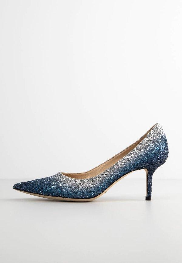 渐变蓝亮片高跟鞋
