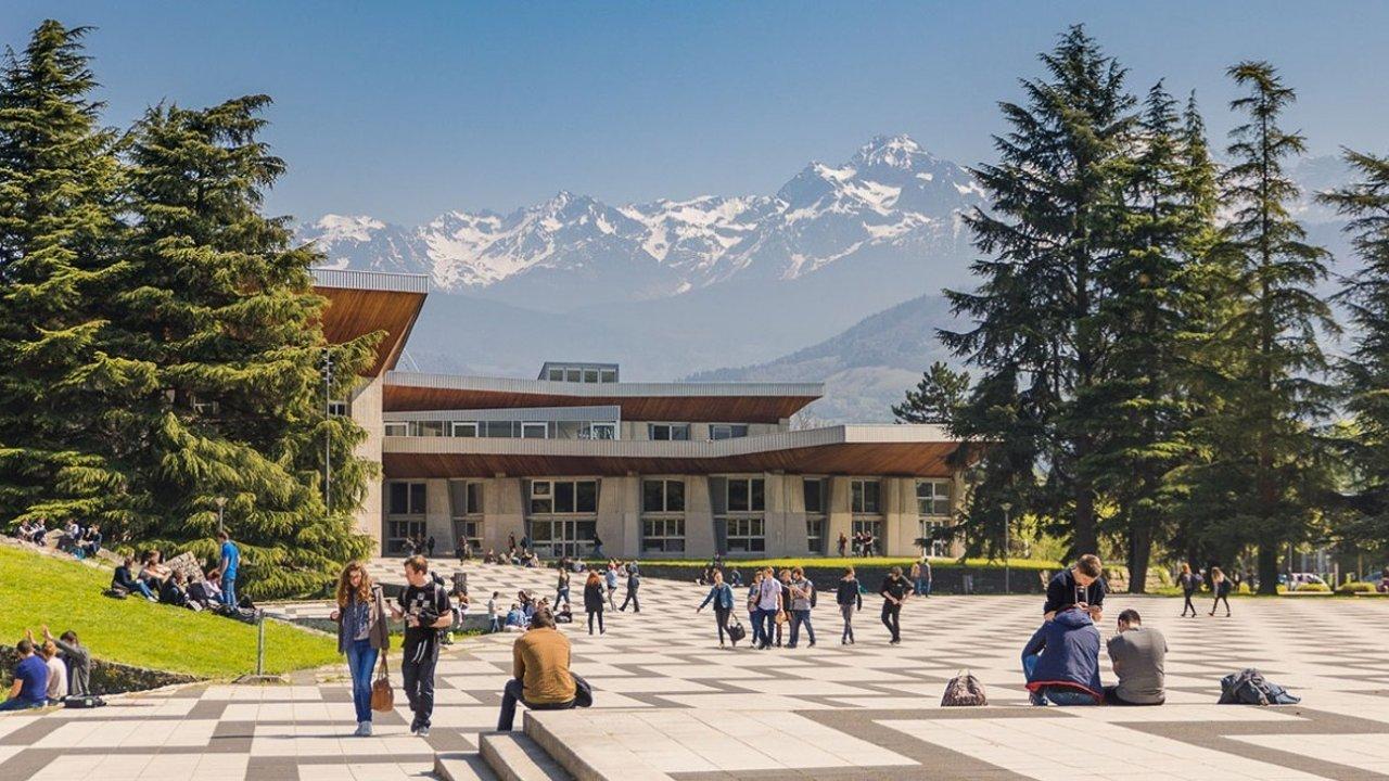 最新法国大学排名 | 法国大学分类、专业方向等