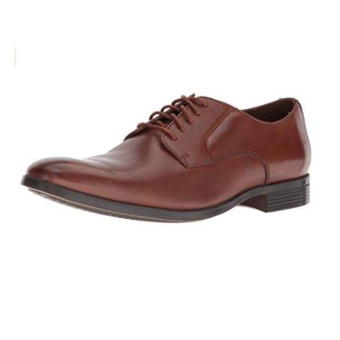 现价$46.99(原价$90)Clarks 男士真皮牛津鞋热卖