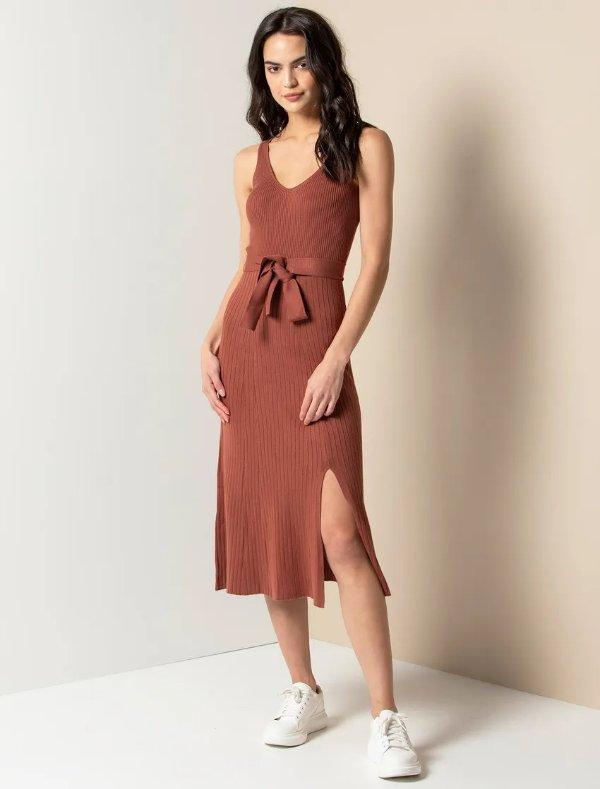 针织修身连衣裙
