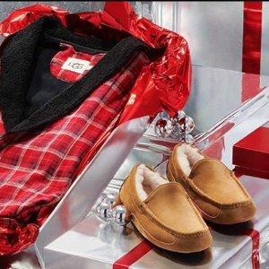 低至5折 毛球豆豆鞋£55收UGG 精选豆豆鞋、毛毛拖鞋、家居、配件折扣热卖