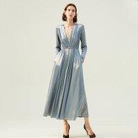 Simple Retro 丝绒连衣裙