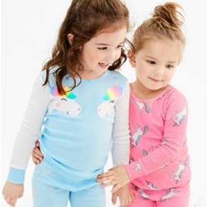 包邮3折起 用券更便宜 有上新比黑五低:Carter's官网 儿童睡衣/家居服热卖,四件套$10.8