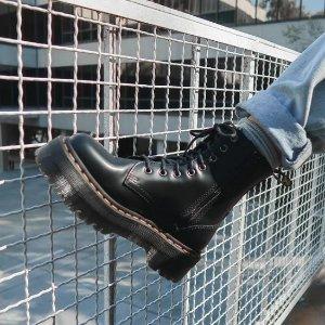 6折起 £55就收人鱼姬色1460!Dr.Martens官网 必入靴子专场 1460马丁靴、骑士靴、14孔都有