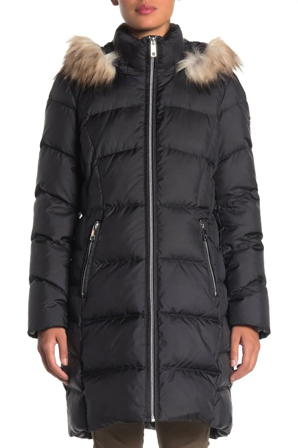 Faux Fur Hooded 外套