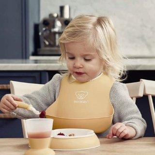 8折 马卡龙色清新淡雅BabyBjorn 婴幼儿围兜、餐具等热卖