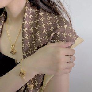 Loewe均码,18cm小月饼手链