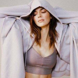 首单9折+免邮 收封面款Alo Yoga Kendall 挑选专场  博主、模特都爱的运动服饰