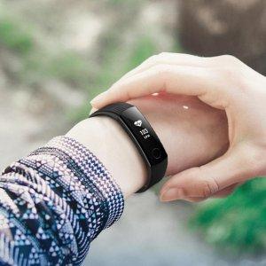 $39 心率检测 50米防水荣耀手环3 中文更贴合你的习惯 微信内容显示 来电提醒
