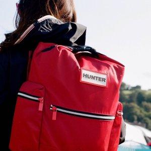 各种尺寸都有,满足你的需求上新:Hunter双肩包多款上新 颜色超美还防水 出行必备