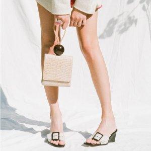 无门槛7折 鳄鱼皮纹包$437By Far 美鞋、美包热卖 收今夏最热细带凉鞋