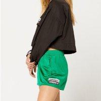 Adidas 短裤