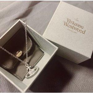 Vivienne Westwood土星项链