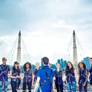 £30/人 O2能爬上去你知道吗?O2体育场登顶 鸟瞰伦敦 一生难忘的90分钟体验