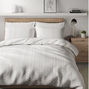 全线5折起 床上三件套仅£12Marks & Spencer新年大促 床上用品、旅行箱、家居享好价