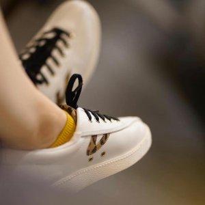 低至6折 现价$48Tretorn V 复古小白鞋热卖
