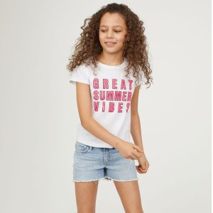 20% OffTees and Shorts Flash Sale @ H&M