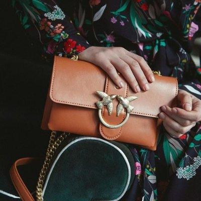 3折起+额外8折!£170收樱花粉燕子包Pinko 燕子包限时大促 优雅俏皮可爱又百搭