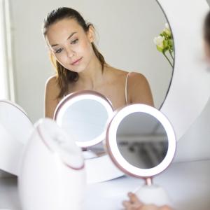 23折起,£12.23收LED化妆镜REVLON 精选蒸脸仪、LED化妆镜、卷发棒闪促