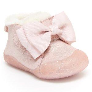 Stride Rite婴儿靴