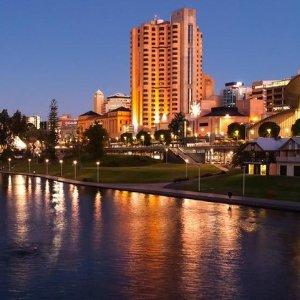 $129 (原价$309)Adelaide Sage Hotel  1晚住宿 享用自助早餐