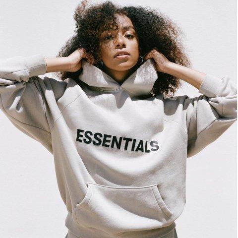 £80收吴亦凡同款卫衣上新:Essentials 新款秋冬潮衣上线 最后几件捡漏入!