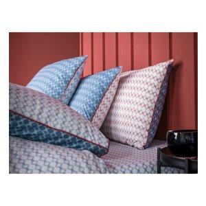 格子纹枕头