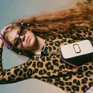 无门槛7.5折 $354起收各色相机包Marc Jacobs 季末大促 get相机包的百搭大法