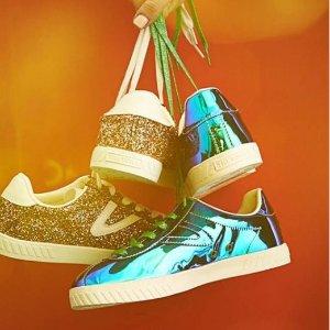 $29.93 白菜价 瑞典国手也爱穿Tretorn Camden5 荧光亮面板鞋 北欧百年品牌