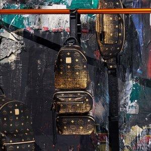 低至5折MCM 美包美鞋热卖 经典双肩包$696