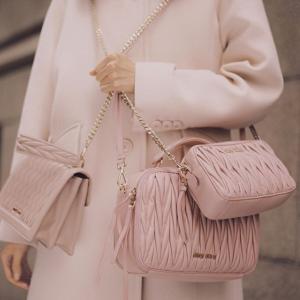 Prada & Miu Miu 黑五精选私密特卖会,包包、鞋履、服饰都参与