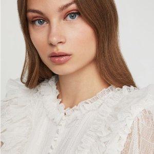 低至2.6折 蕾丝连衣裙$60+BCBG官网 折扣区服饰、美裙优惠
