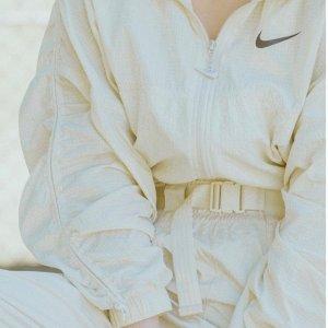 5折起 封面款运动裤£53上新:Nike 夏季大促 Vista Lite 雾霾蓝运动鞋、运动短袖、内衣热卖