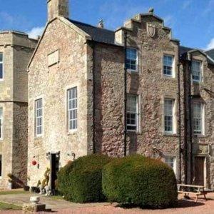 5.4折 包含早晚餐苏格兰城堡度假酒店 超值双人间£75起