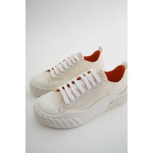 Zara小白鞋