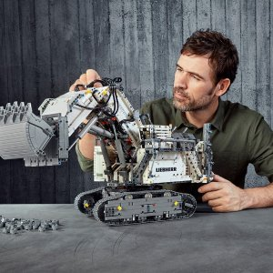 限时免邮中国¥2208LEGO 机械组 Liebherr R 9800 挖掘机 (42100)