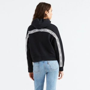 20% Off + Free ShippingHoodie @ Levis